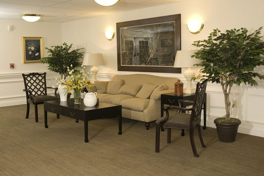 Lounge area of the Retirement Community Verena at the Reserve in Williamsburg, VA