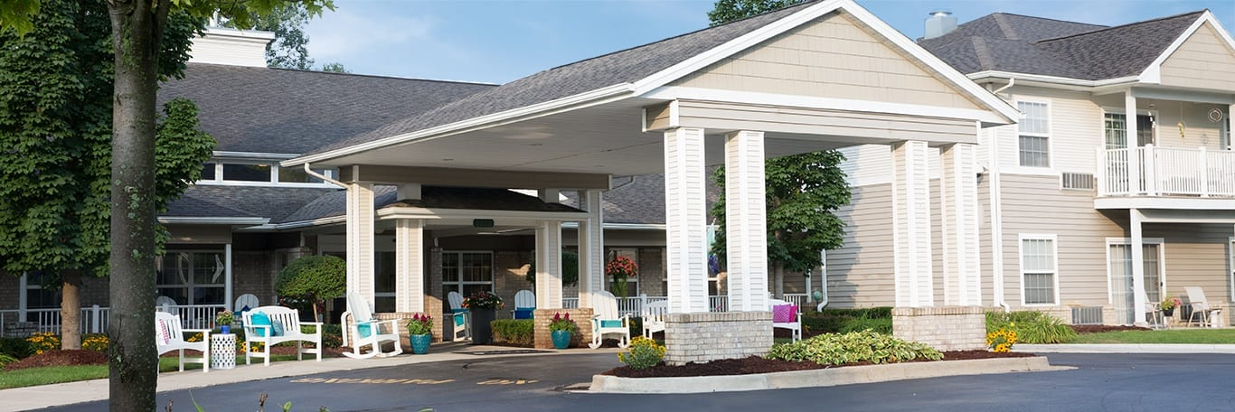 A view of Pine Ridge of the Plumbrook Senior Living building in Sterling Heights, MI
