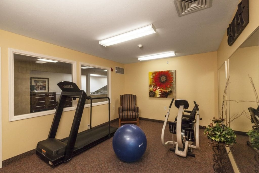 Gym and exercise facilities at the Senior Living Pine Ridge of the Plumbrook Senior Living in Sterling Heights, MI